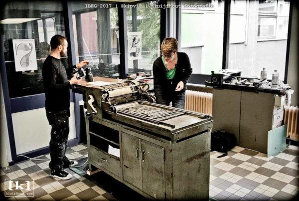 4-Letterpress Workers_-5